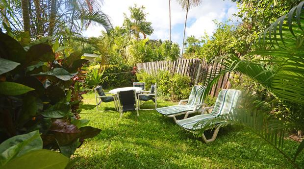 Sunset Crest, Casa De Leo Apartments - Caribbean Island Properties